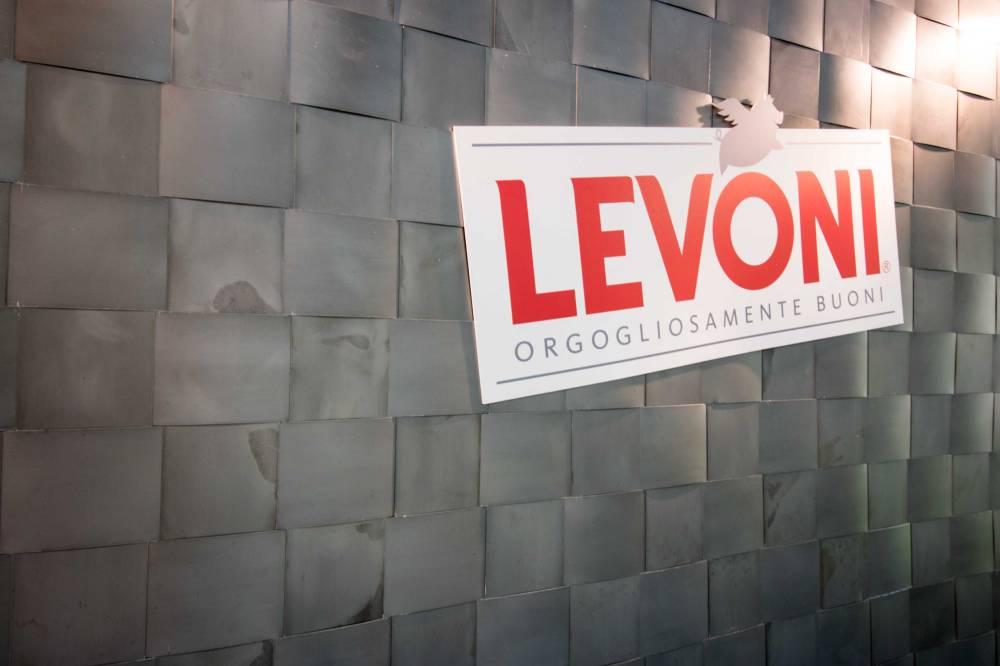 levoni_0822_web